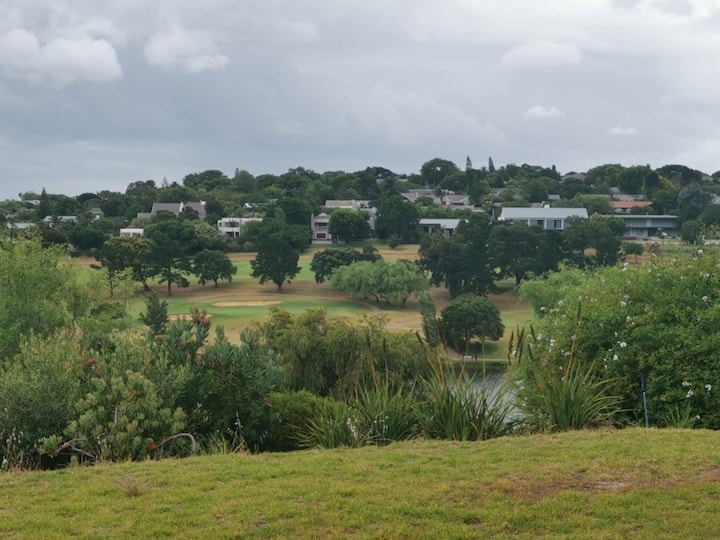 Golfers Dream, with 360 degree panoramic views