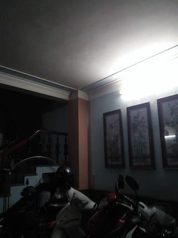 An Duong Vuong Apartment