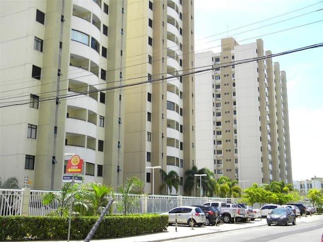 Apartamento 3/4, Condomínio de Luxo, Bairro Nobre - Aracaju - Pis