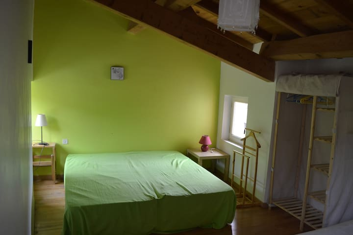 Bright green - Alet-les-Bains - House