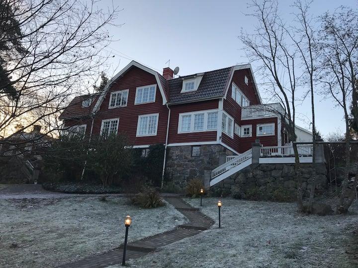 Large villa close to central Stockholm