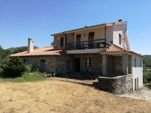 Peaceful rural farm house near Serra da Estrela