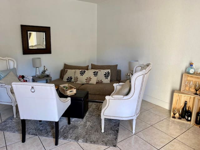 Spacious and clean entire 1 bedroom apartment.