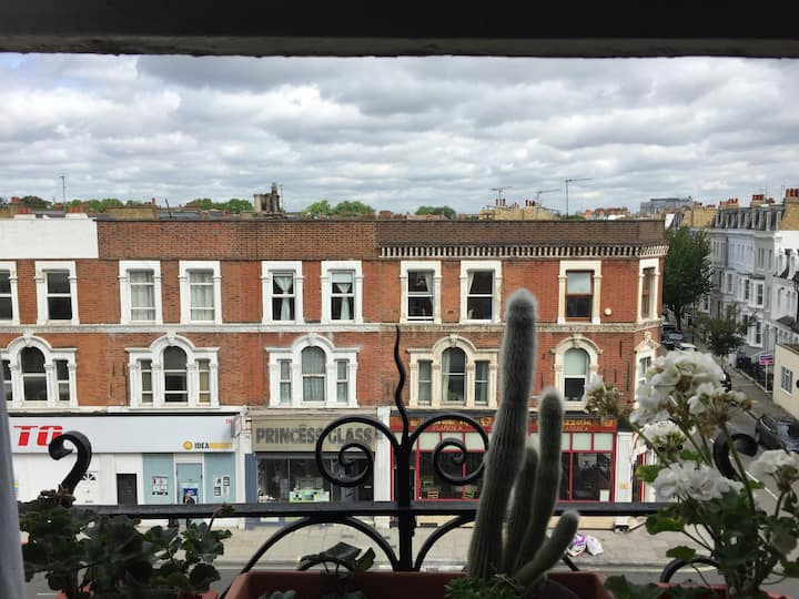 Cosy and Nice double room In Fulham