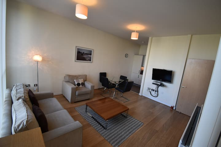 Shortletting by Centro Apartments The Hub MK - A1