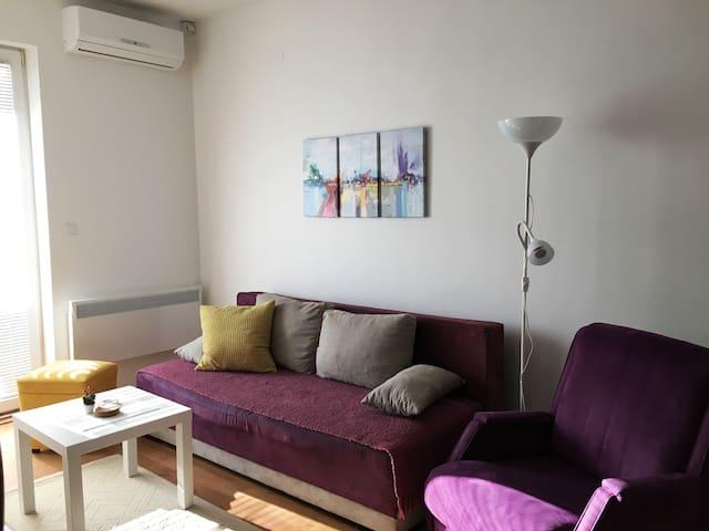 Cute&comfy apartment :)