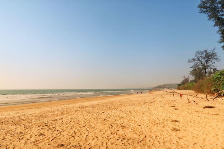 Beach Bedroom | 3min walk to Arambol Beach