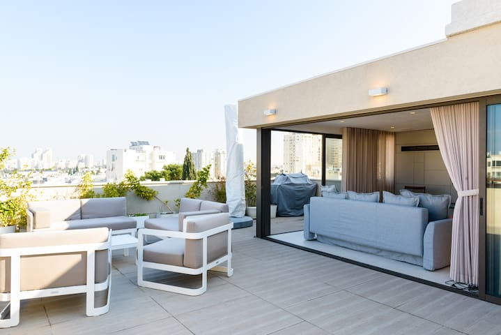 Amazing Rooftop 1br in Central Tel Aviv - Tel Aviv-Yafo - Apartment