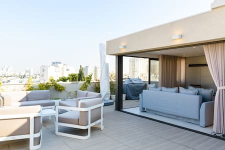 Luxury Rooftop 1-bedroom  in Central Tel Aviv