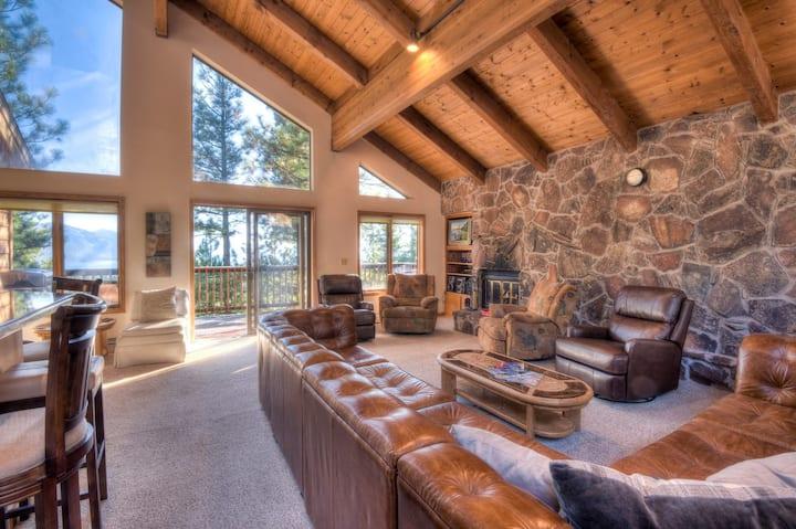 Inclined Homestead - BBQ Balcony, 8 min drive to Diamond Peak Ski Resort