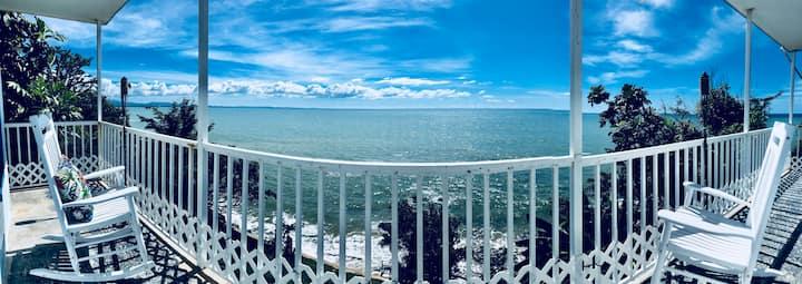 Hidden Gem, Oceanview, Private Beach Access Rincon