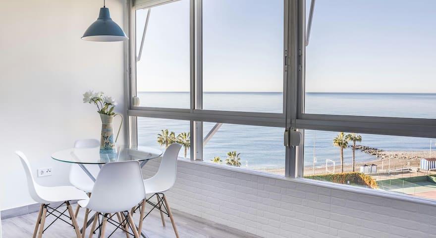 Apartamento a estrenar en primera línea de playa