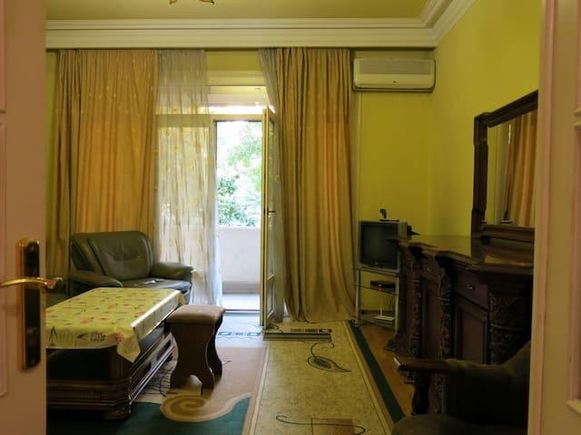 RetroCity apartment at Abovyan st.