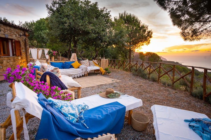 TERRE DI BEA CHARMING PRIVATE COTTAGE BY THE SEA
