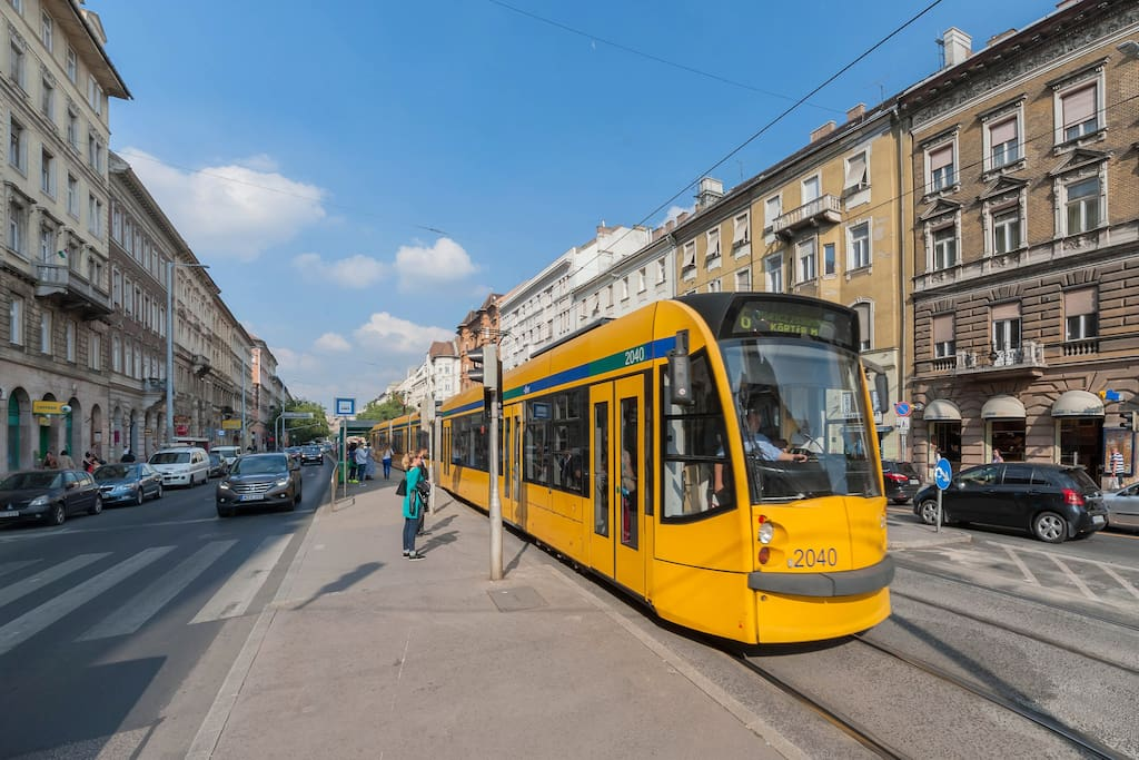 non-stop tram, n4/6, It stops in front of apartment's building!