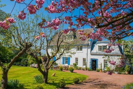 Scotland.beautiful 3 storey Detached House - Longniddry - Inap sarapan