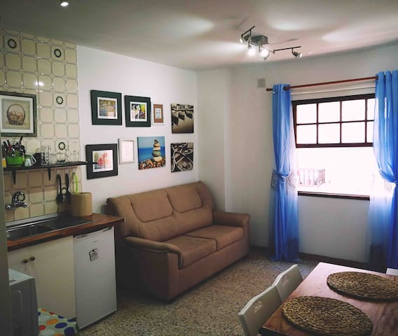 Very central comfy Apartment close to Market