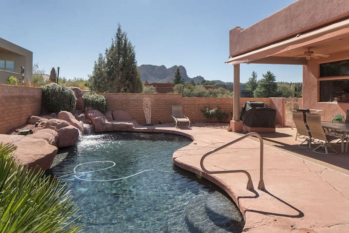 Beautiful Pueblo Style Home with Private Pool, Hot Tub and Red Rock Views!! S050