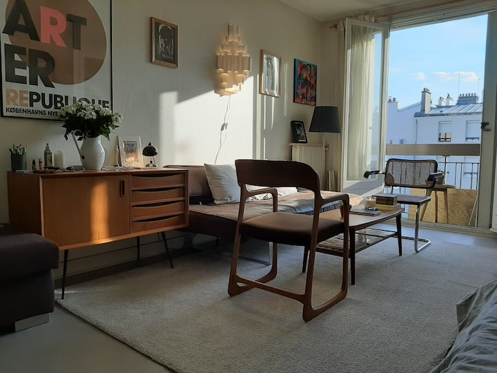Beau Studio au centre de Paris. Quartier Oberkampf