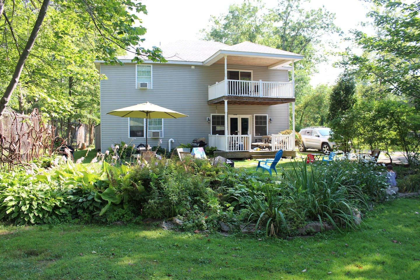 Bemus Point Rental - The best of both worlds in Bemus Point!  Walking Distance to restaurants, night-life and shopping but also located on a private, quiet path with lake access and a private dock.