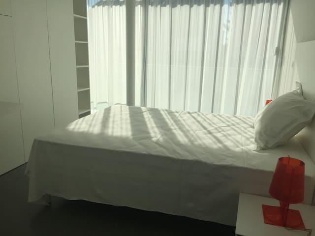 Belle chambre à 10min de la Défense - Colombes - Hus