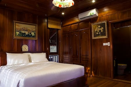 Sun Suite Double - SG Riverside Luxury Homestay - Ho Chi Minh City
