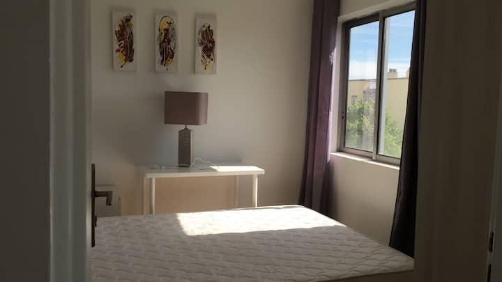 chambre 11m² dans un appartement 51m² calme