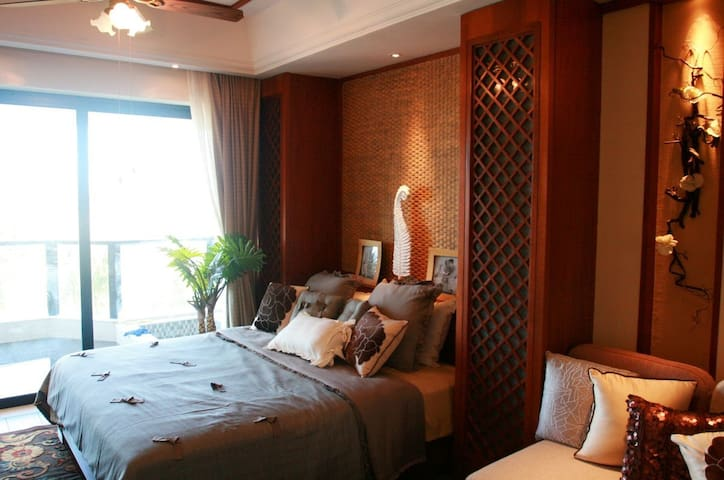 一线海景房游泳池无线中央空调、阳台有迷你小泳池 - Qionghai Shi - Appartamento