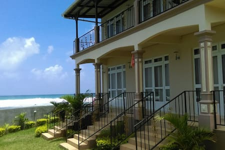 Sea Breeze Studios - Pointe aux Biches - Apartament
