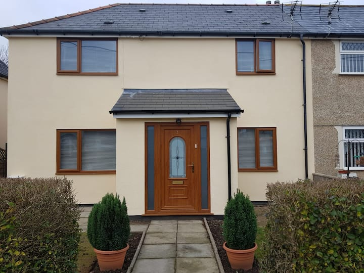 Beddau Family Home: Exclusive Use