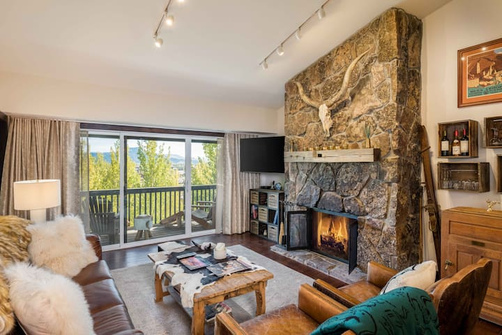Teton Village 3.5BR/2.5BA Steps Away From Ski Lift