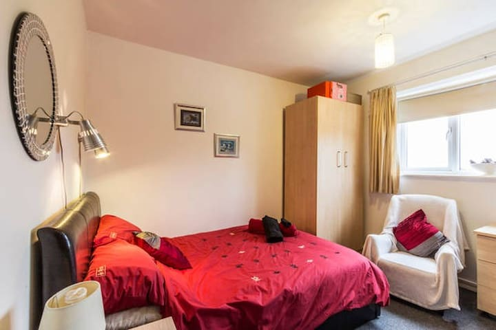 Home From Home - Sittingbourne - Apartemen