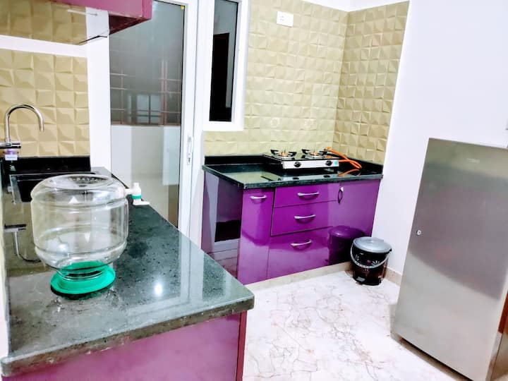 Serviced 1bhk near Manpho Convention Center