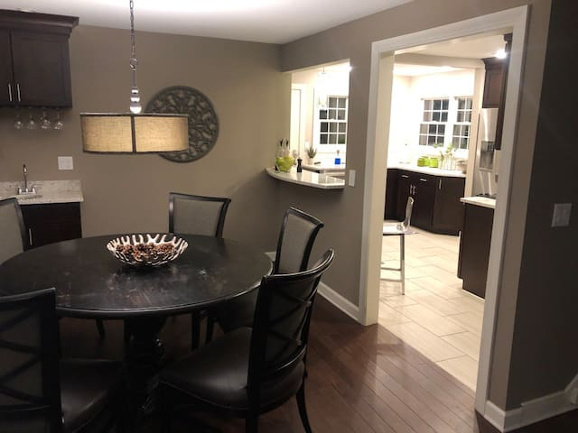 Whole Home- New remodel in Grandview Heights