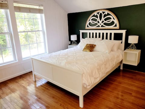 Studio apt in the country. Just Mins to Ft. Bragg!