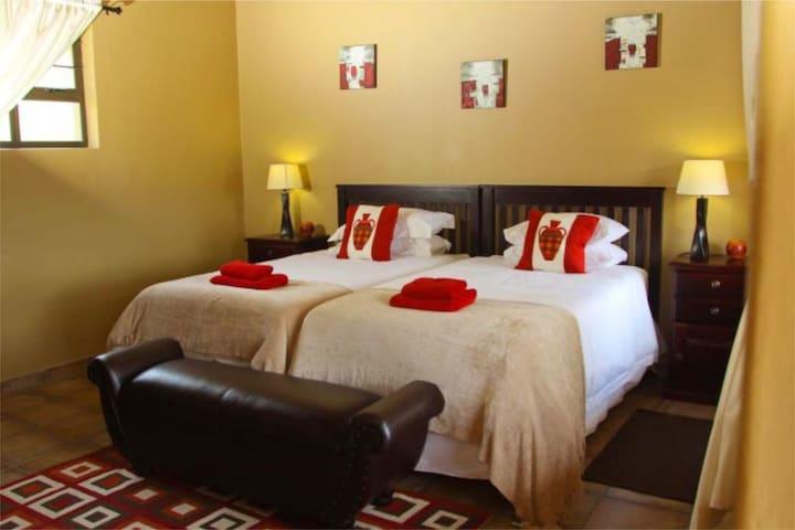 Aloe View Rock Lodge - Room 1