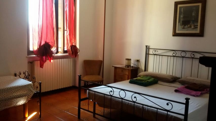 Apartment with private room, bathroom and kitchen - Montichiari - Apartment