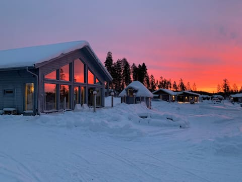 Villa at Kåbdalis! Snowmobile and fishingtours