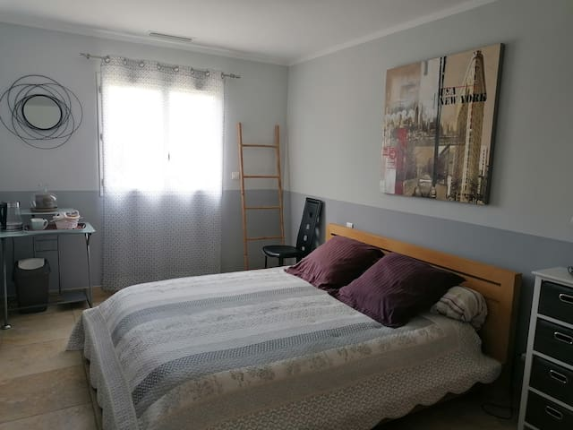 Chambre double avec lit en 160 x 200