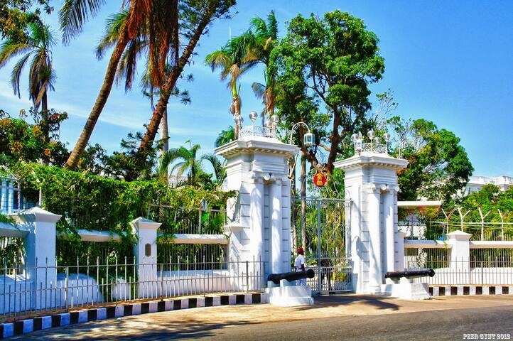 Raj-Bhavan (Governer's House)