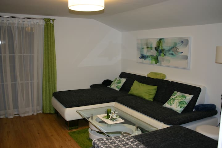 Apartment Birke -  renovated apartment with 90m² and terrace - 1km to Stubnerkogel-Lift