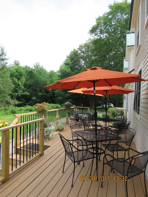 Relax with a beverage on our back deck overlooking the yard and peeks of Round Pond Harbor. Or enjoy your morning coffee before homemade country breakfast is served, listening to the lobster boats begin they're workday.
