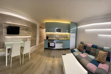 New renovated apartment with WiFi