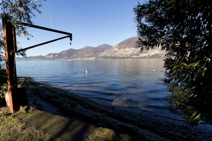 PRIVATE BEACH E GARDEN - ISEO CHARME VILLAS