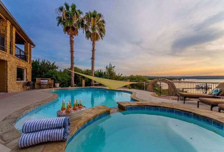 Lake Travis Lakefront - Social Distance! Front-Row Seat to the Lake with Pool & Hot Tub!!
