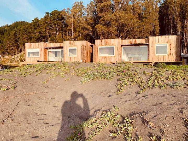 Cabañas ARENAS frente al mar justo frente al point