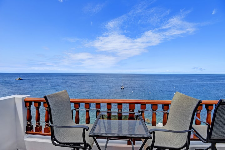Villa with Stunning Ocean Views, No Steps + 2 Private Balconies - Hamilton Cove Villa 10-79