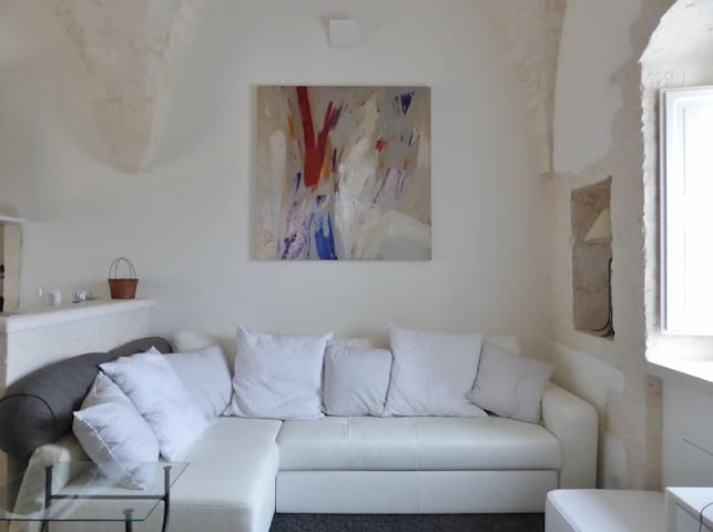 Sotto Le Stelle: luxurious star-vaulted apartment - Cisternino - Byt