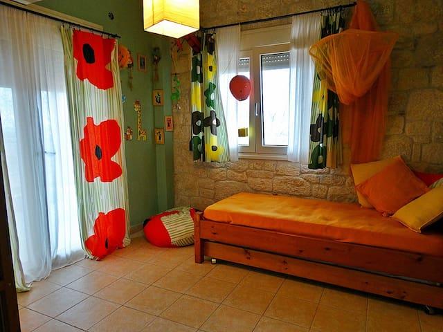 1st floor - Bedroom 2