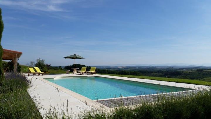 Villa & private pool, views, nr Mirepoix sleeps 8